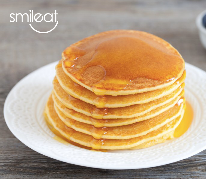 Ricetta Pancake Ipocalorici.Pancake Light Con Miele E Nocciole Smileat